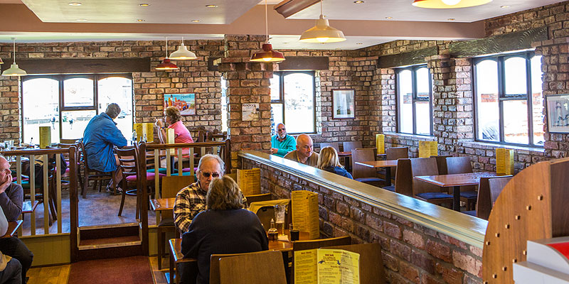 We welcome Coach Parties and School Trips to Headlands Restaurant