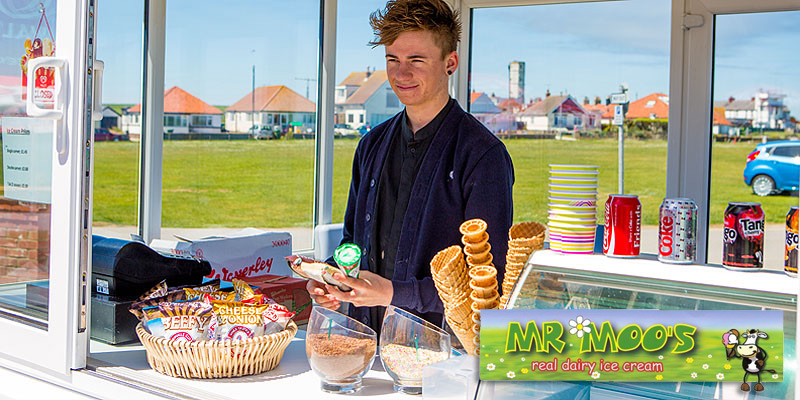 Clifftop Ice-Cream Kiosk at Headlands Restaurant - 8 Flavours of Locally-made Ice Cream - Wall's Ices and Lollies.